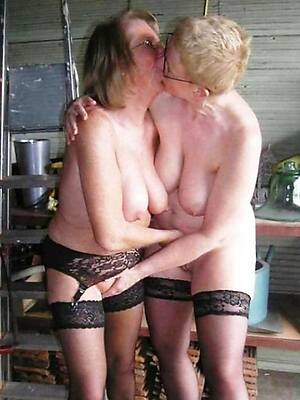 uncovered pics of uk mature lesbian