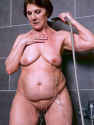 grown up in the shower high def porn