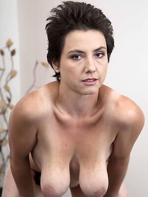 amateur porn pic of saggy mature