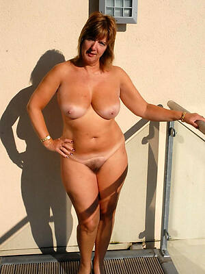 gorgeous nude mature incompetent