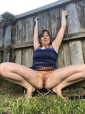 slutty mature natural tits