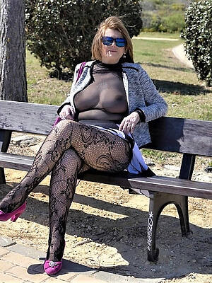 amateur sexy mature nylons stripped