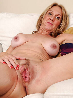 fantastic horny mature pussy