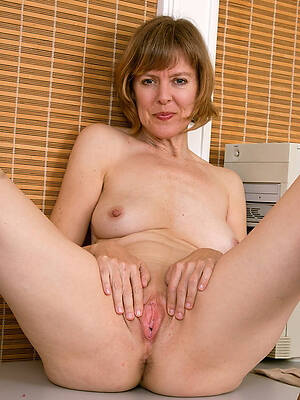 free pics be advisable for horny matures