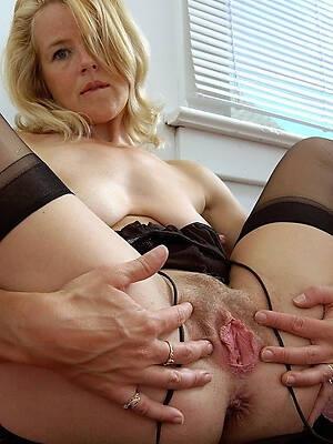 shorn mature vagina stripped