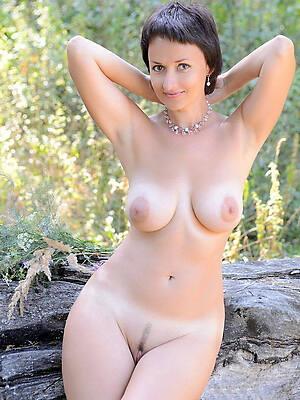 xxx nude matures