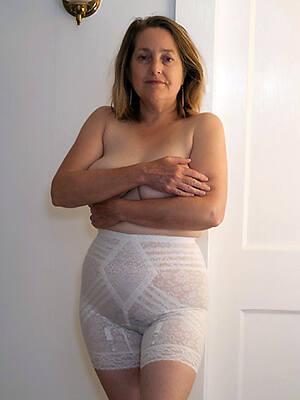mature upper classes upon pantalettes