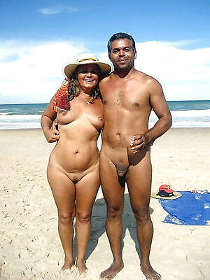 free pics of starkers beach mature