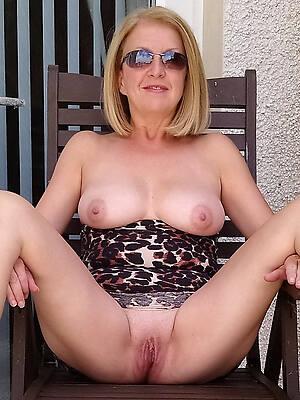mature blonde tits naked pics