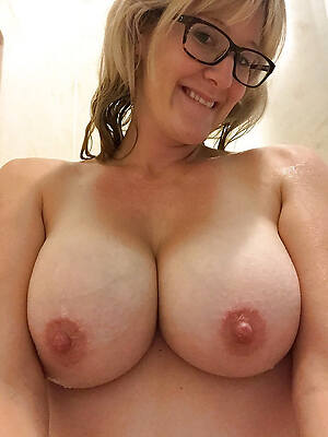 matured mom tits sex pics