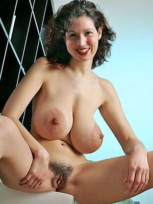 saggy chest mature sex pics
