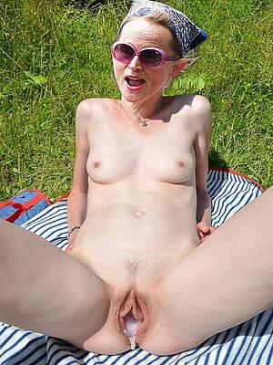unorthodox porn pics of mature woman creampie