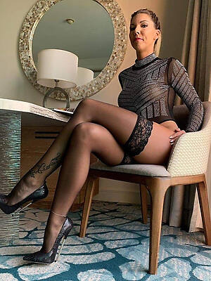mature gentry just about heels unclothed pics