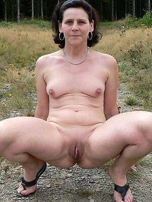 mature alfresco pussy see thru