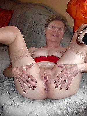 lay bare grandmother fre epictures