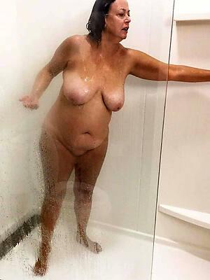 real hot mature shower porn pics