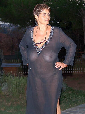 naked pics of mature moms pussy