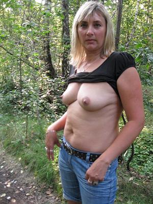 amateur mature tight jeans porn pics