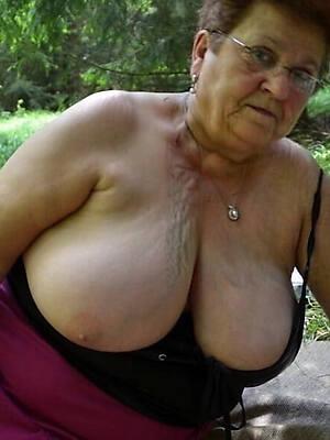nasty mature grandma porn picture