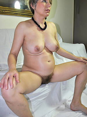 hot sexy unshaved mature pussy porn pics
