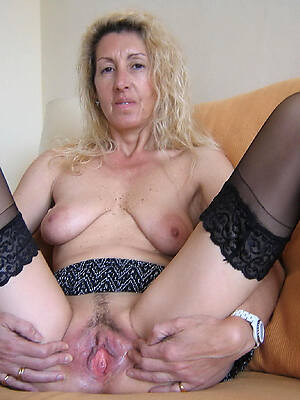blonde of age milf porno pictures