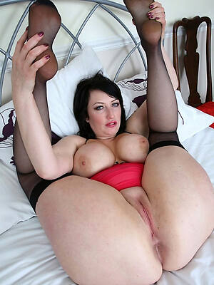 mature shaved cunts photos