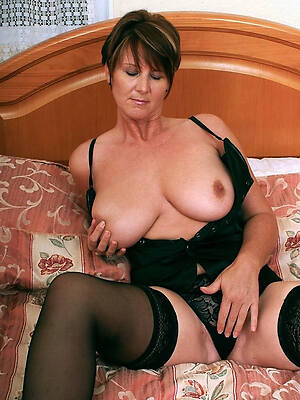 hot mature lady pussy photos