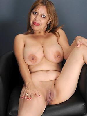 naked mature latinas pics