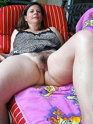 naughty beautiful mature women pics