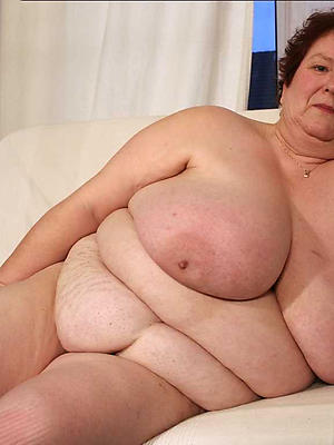 beautiful mature women with big bosom