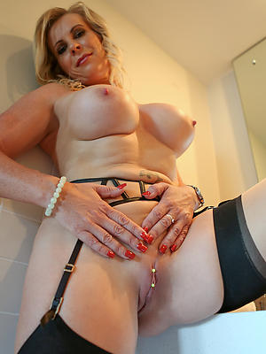 free pics be required of sexy mature cunt