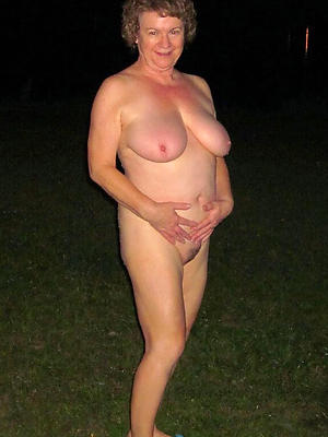 gorgeous mature nude pics