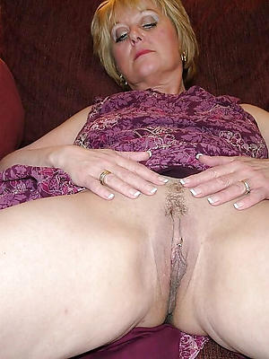 fantastic mature hairy vagina