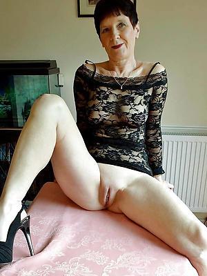 beautiful mature shaved vagina pictures