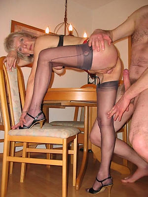 beauties mature stockings pics