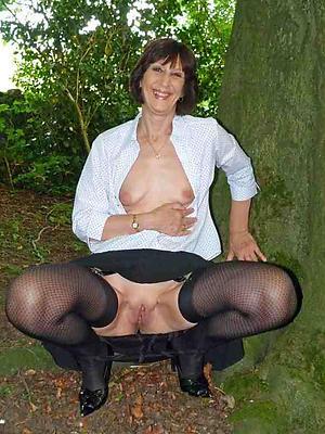 hot mature classic posing nude