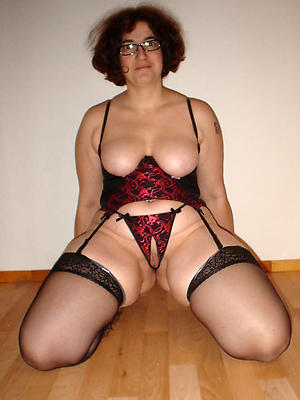 super-sexy horny nude grown up women
