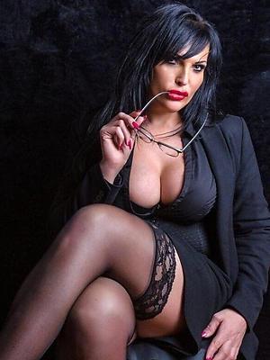 mature women models cold