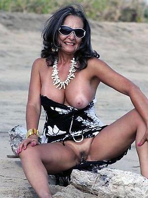 beautiful naked mature models