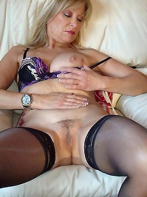 gorgeous horny mature women porn pics