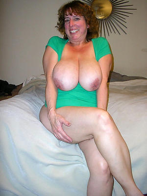mature lady boobs
