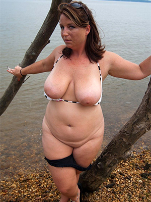 european matures posing nude