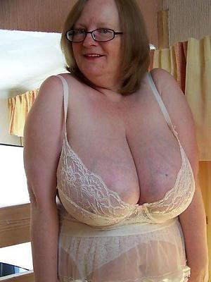 curvy sexy grandmas porn pics