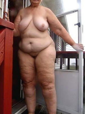 beautiful grandma nude