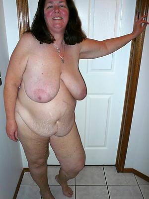 hotties saggy tit women naked photos