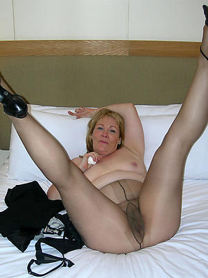 crazy mature woman in pantyhose