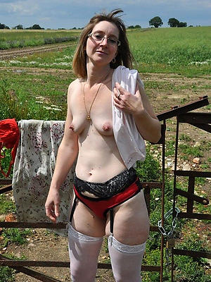 beautiful mature wet panty
