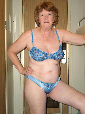 slutty mature women panties starkers photos