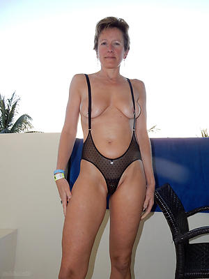 beautiful mature women panties nude pics
