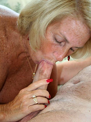 free pics of flog mature blowjobs